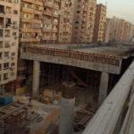 В Каире строят шоссе в считанных сантиметрах от домов
