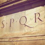 Почему у древних римлян везде красовалась аббревиатура «S.P.Q.R.»