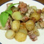 Свинина с картошкой в духовке на ужин