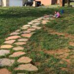 Садовая дорожка из бетона (имитация природного камня)