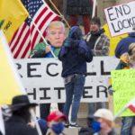 Почему в США проходят акции против карантина