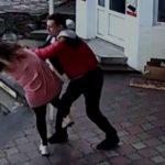 Тренер ММА избил продавщицу за просьбу надеть маску