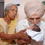 Самые возрастные мамы в мире