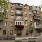 Почему в «хрущевках» нет балконов на первом этаже